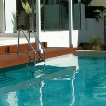 visit cairns waters edge apartments. Black Bedroom Furniture Sets. Home Design Ideas