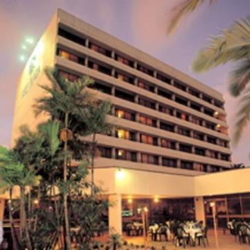 Visit Cairns Rydges Plaza Hotel